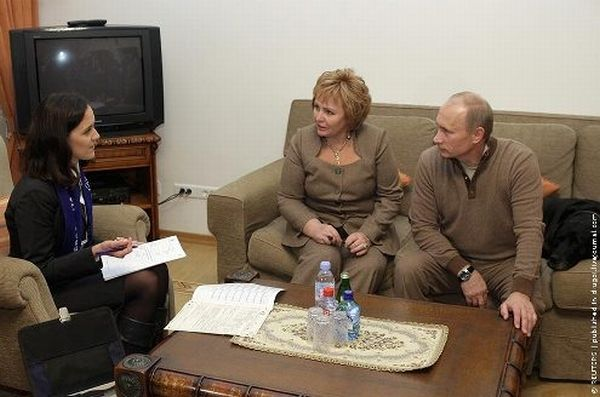 Фотожаба. Переписчиков в гостях у четы Путиных (29 фото)