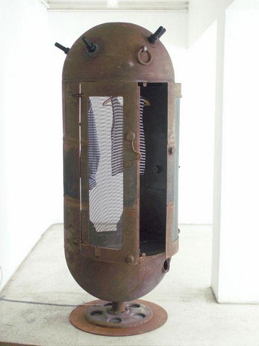 Мебель из морских мин (9 фото)