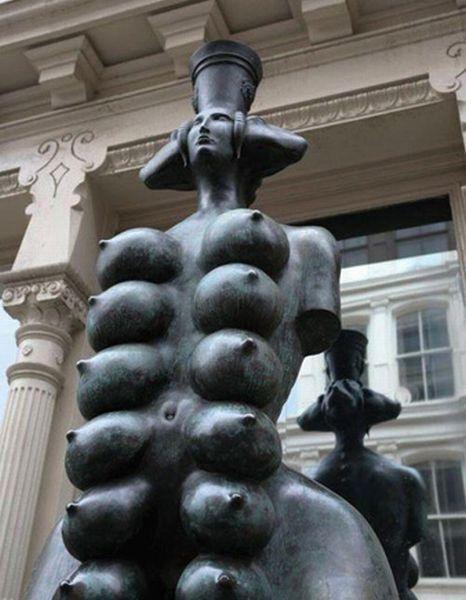 Странные статуи (34 фото)