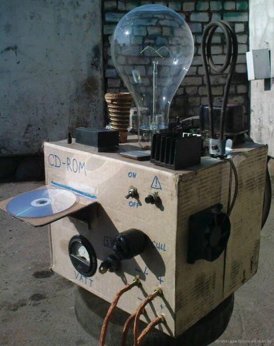 Ламповый стереоусилитель на 1 кВт)) .
