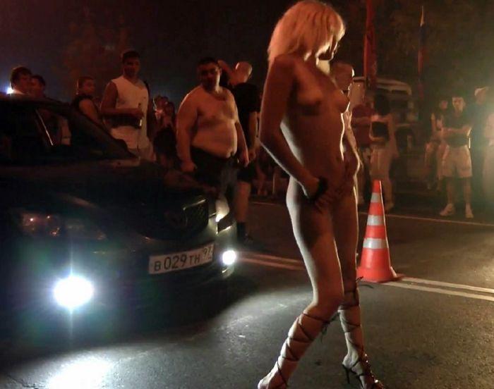 Девушка со стрит-рейсинга (13 фото) НЮ!
