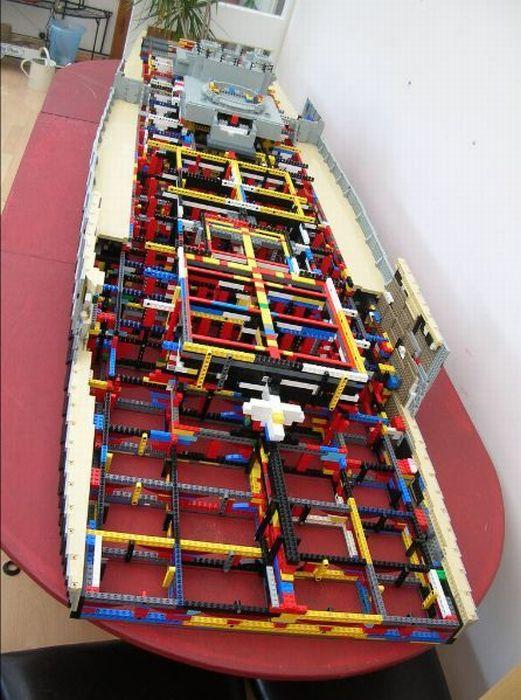 Как сделать корабль из лего