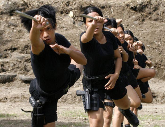 Как бют в военной форме фото 661-517