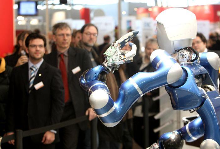 Роботы со всего мира (33 фото)