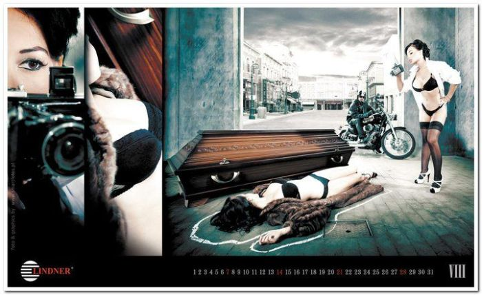 Производитель гробов выпустил откровенный календарь (33 фото)