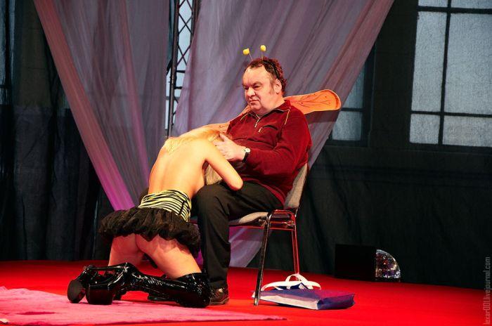 """Выставка """"Секс и эротика 2010"""" в Праге (31 фото) НЮ"""