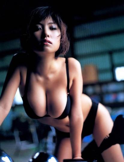 Свисающая грудь (52 фото)