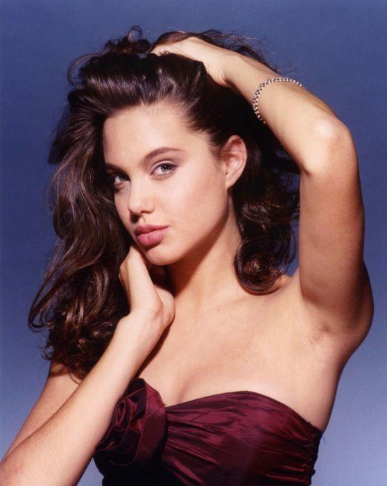 Молодая Анджелина Джоли (36 фото)