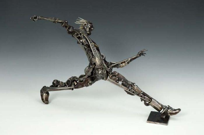 Скульптуры из запчастей (51 фото)