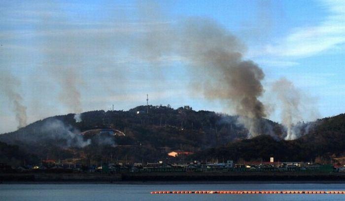 Последствия обстрела острова Енпхендо (20 фото)