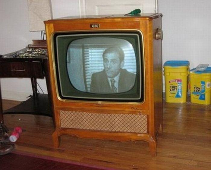 Фотоподборки.  Интересный способ использовать ваш старый телевизор.Из него можно сделать очень неплохой...