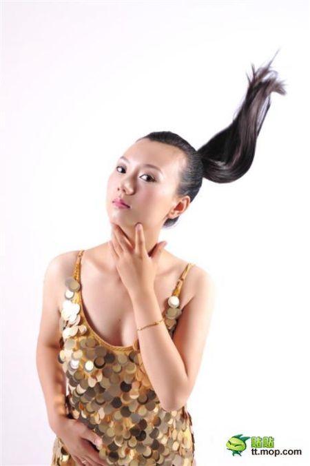 Как косметика или Фотошоп меняют девушек (5 фото)