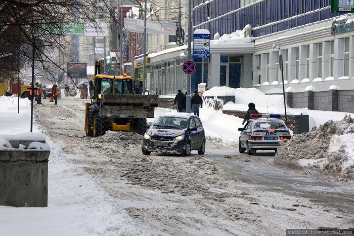 Зимний потоп в Екатеринбурге (24 фото)