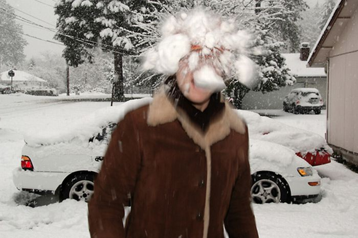 """Играем в снежки """" Пессимистов.NET - Прикольные картинки дня с надписями бесплатно 2014 - смотреть фото и видео прикол"""