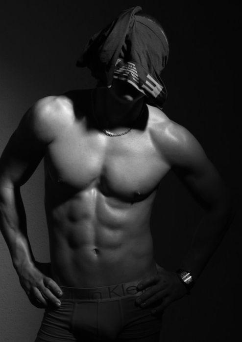 Подборка для девушек. Мужчины модели (25 фото)