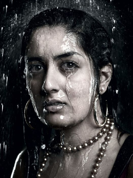 Отличные портреты под дождем (12 фото)