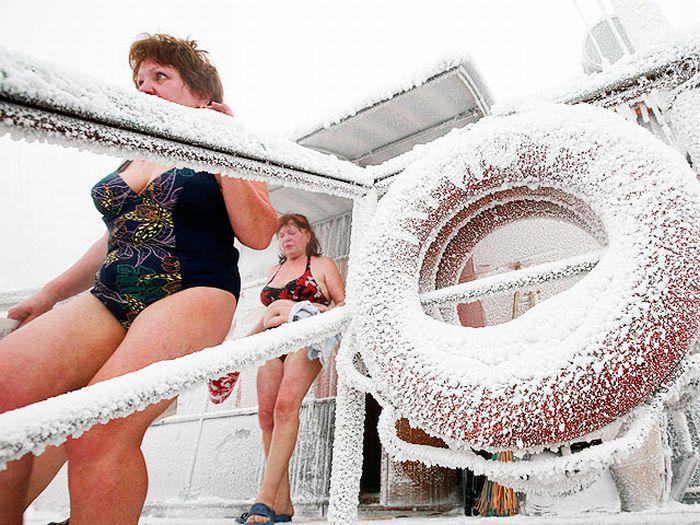 Зимние купания (10 фото)