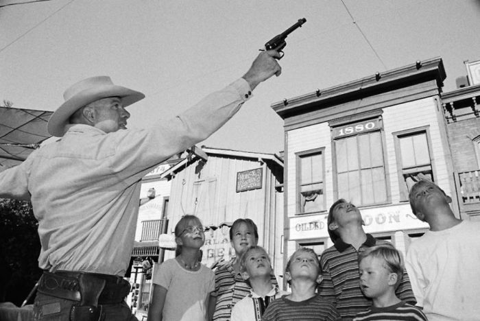 Огнестрельное оружие в США (27 фото)