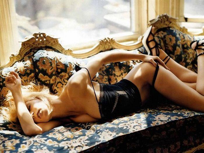 25 самых красивых моделей Victoria Secret c 1977 Года (25 фото)