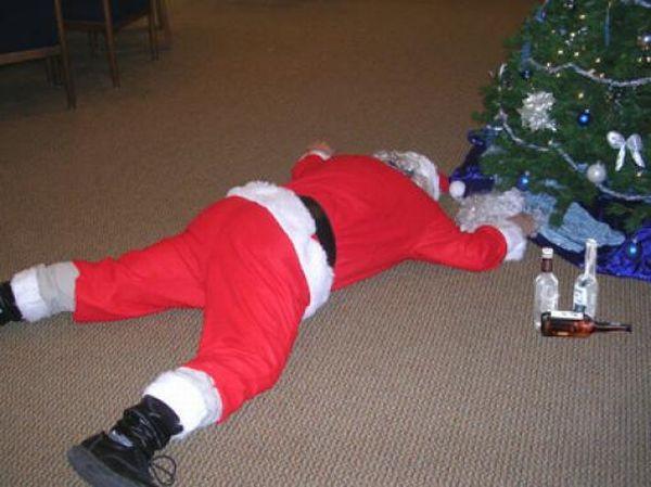Плохие Деды морозы (48 фото)
