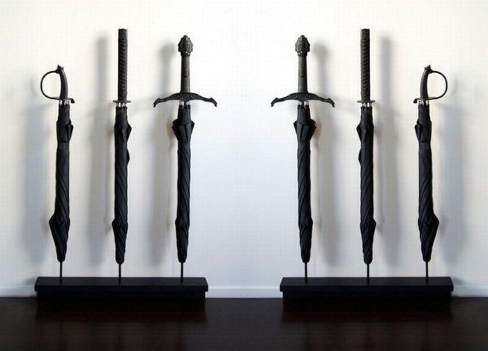 Предметы в форме оружия (12 фото)