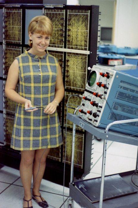 Офис Bell Labs в 60х годах (29 фото)
