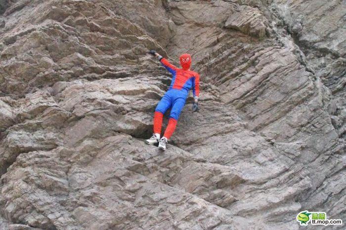 Китайский человек-паук (4 фото)