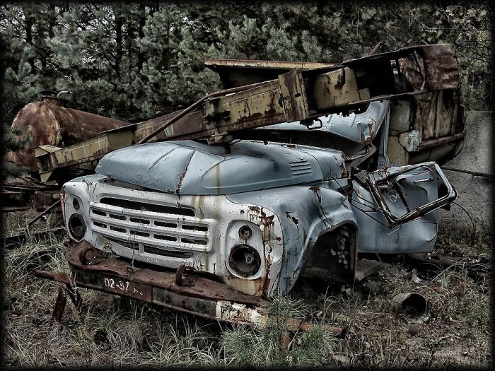 http://de.trinixy.ru/pics4/20110111/chernobyl_24_years_12.jpg