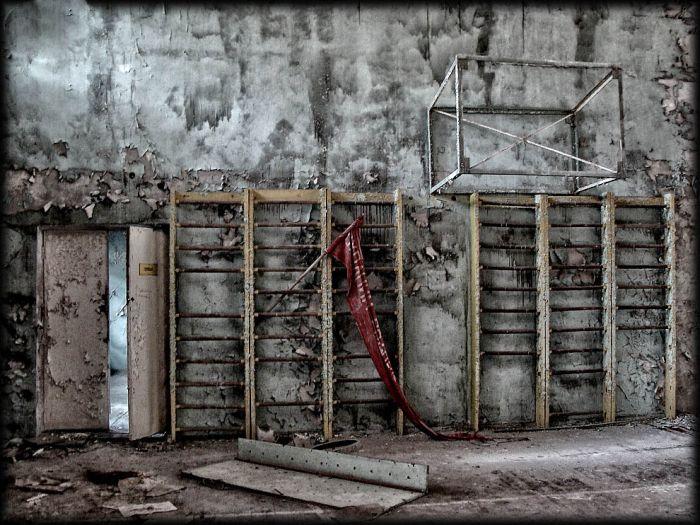 http://de.trinixy.ru/pics4/20110111/chernobyl_24_years_19.jpg