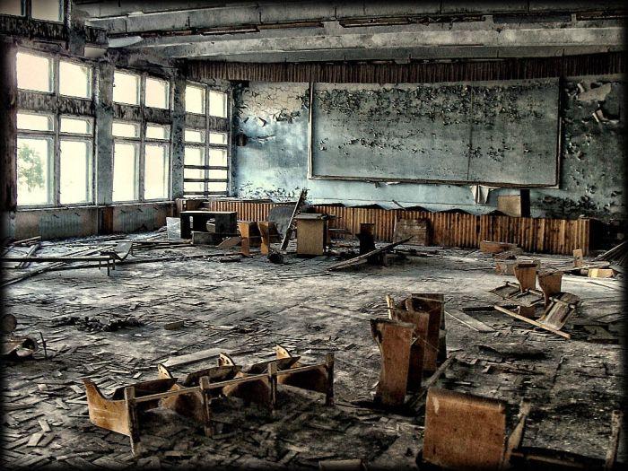 http://de.trinixy.ru/pics4/20110111/chernobyl_24_years_24.jpg