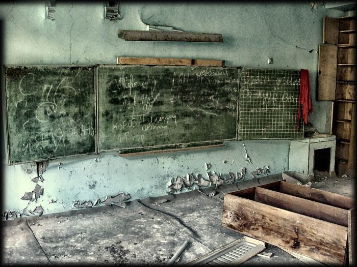 http://de.trinixy.ru/pics4/20110111/chernobyl_24_years_26.jpg