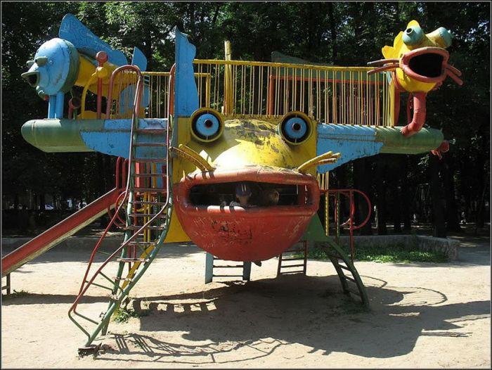 Детская площадка в городе Хмельницком (13 фото)
