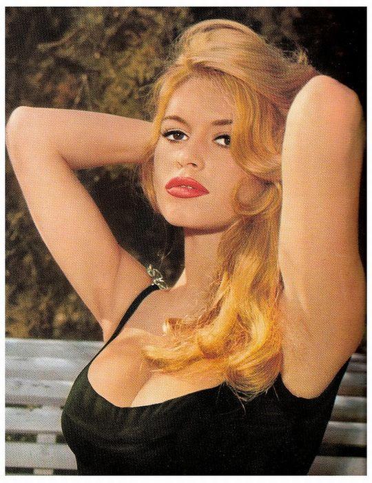 Красивые женщины из прошлого (97 фото)