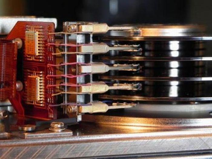 Винчестер на 55 мегабайт (7 фото)