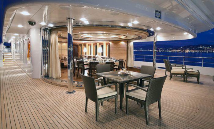 Новая яхта президента Медведева (31 фото)
