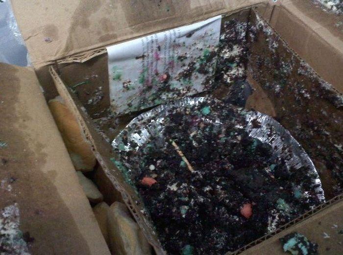 Торт в подарок (7 фото)