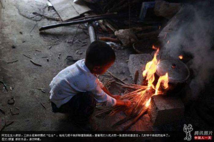 Одинокий ребенок (15 фото)