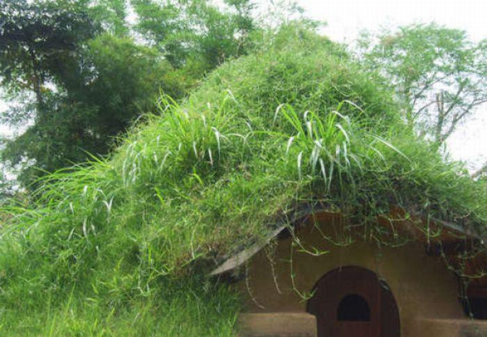 Дом для хоббита (17 фото)