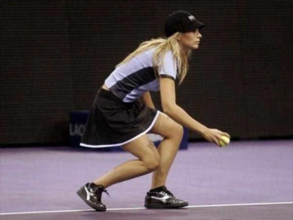 Девушки с теннисных кортов (36 фото)
