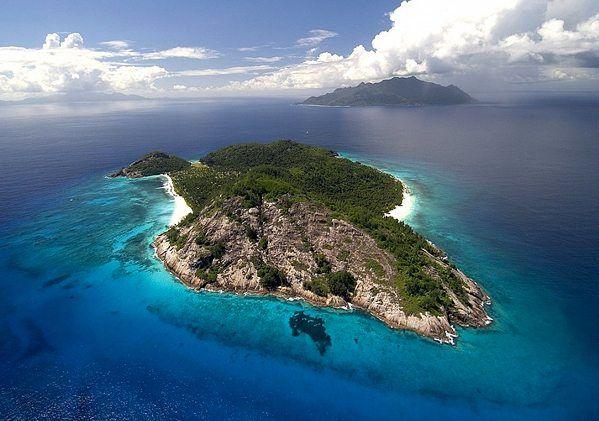 Потрясающий частный остров