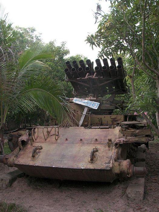Музей ржавой военной техники (28 фото)