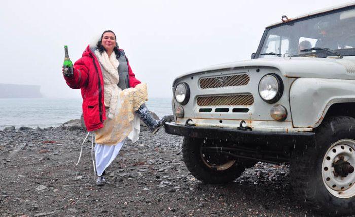 Свадьба среди льдов (11 фото)