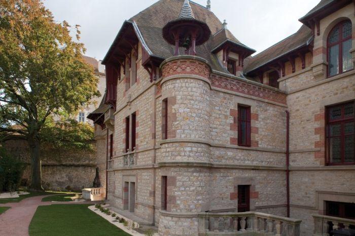 Дом, открытый через 100 лет (10 фото)