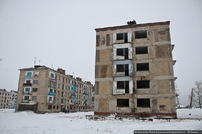 Полузаброшенный поселок Юбилейный (32 фото)