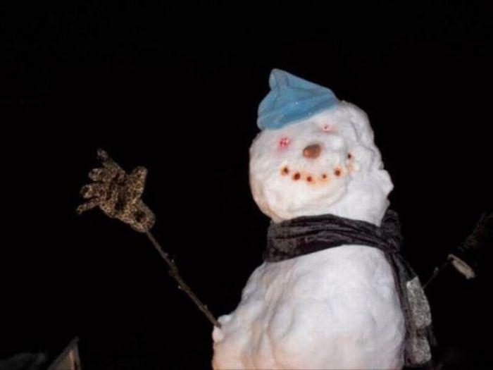 Как напугать снеговиком (4 фото)