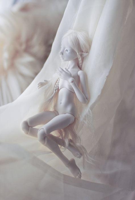 Фарфоровые куклы (20 фото)