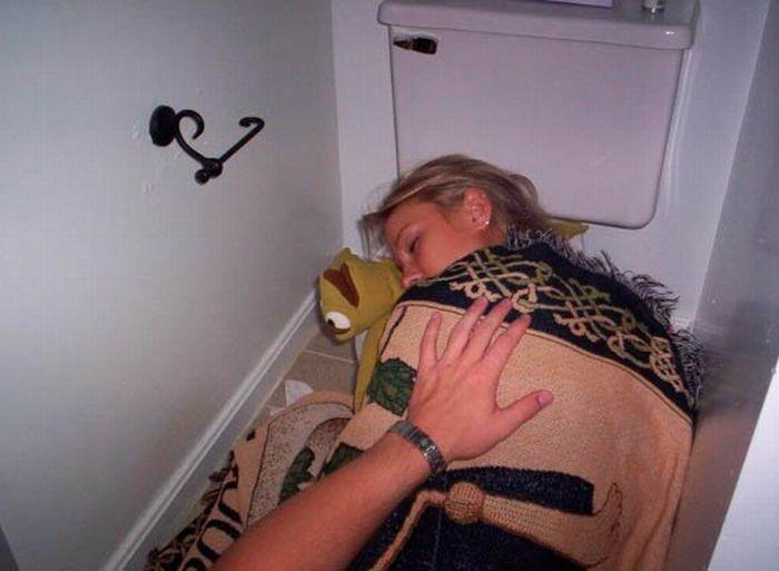 Обоссаные пьяные девушки фото фото 280-625