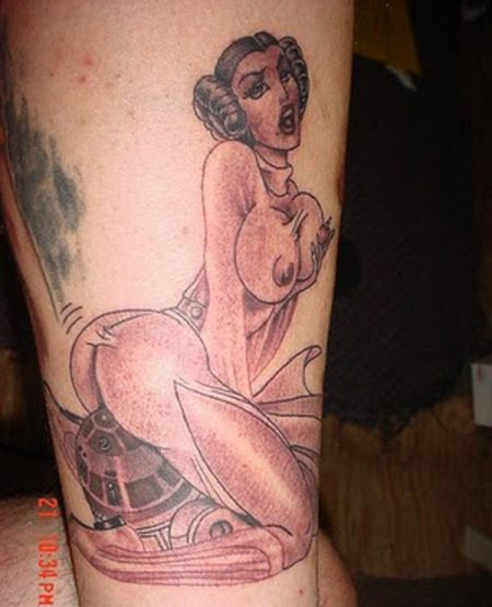 Пошлые татуировки (22 фото)