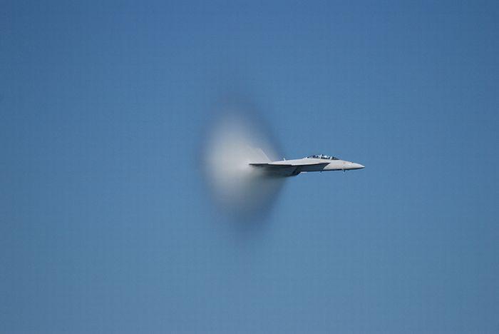 Скорость звука (24 фото)