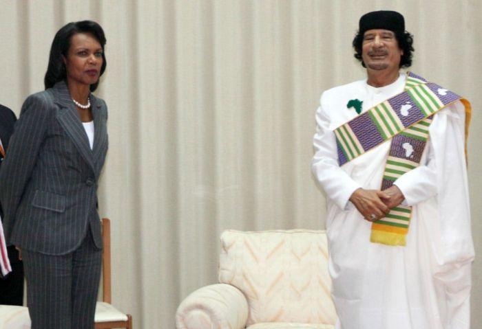 Одежды Муаммара Каддафи (34 фото)
